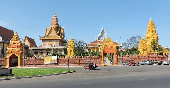 Newly painted wat